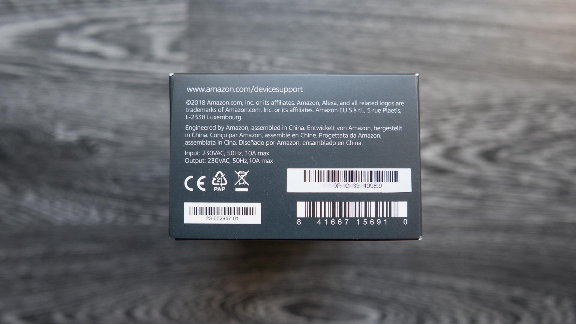 Amazon-Echo-Plug-Unboxing-04