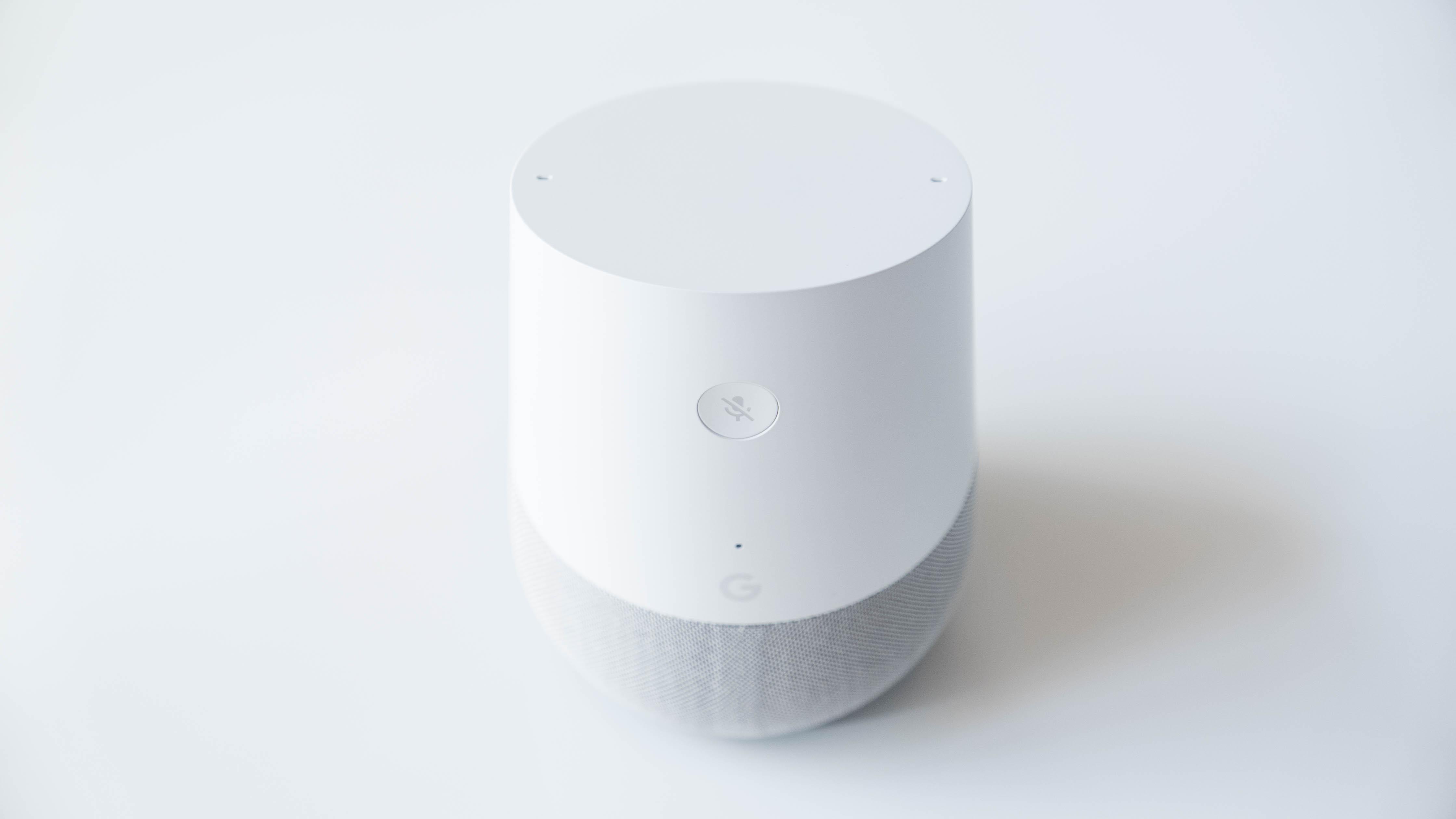 Google-Home-hinten