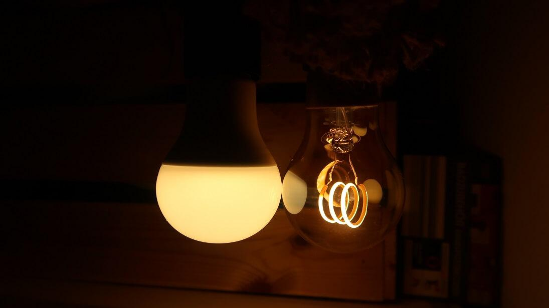 Philips Hue White vs. Ikea Filament