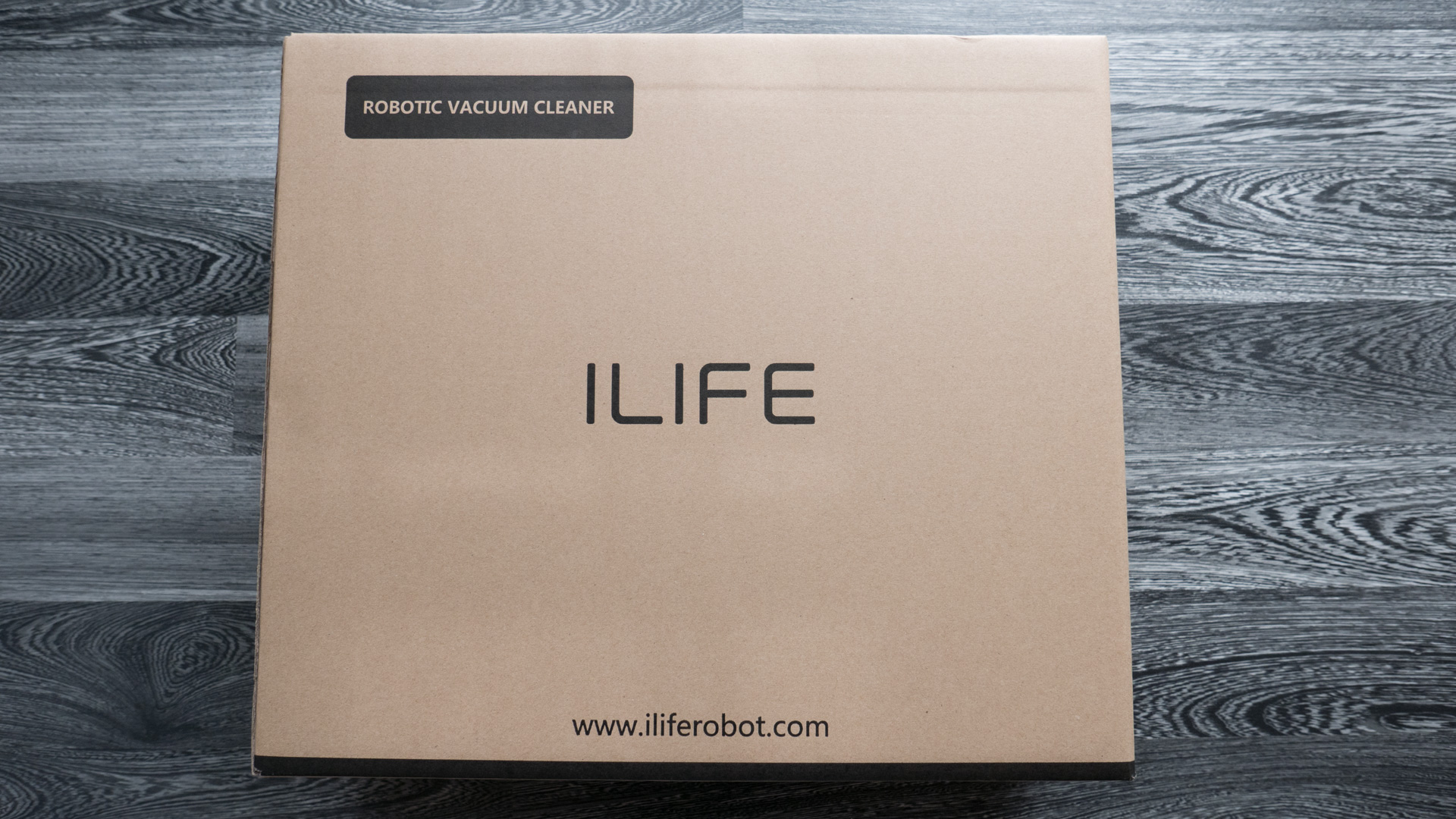 ILIFE A8 Unboxing 01