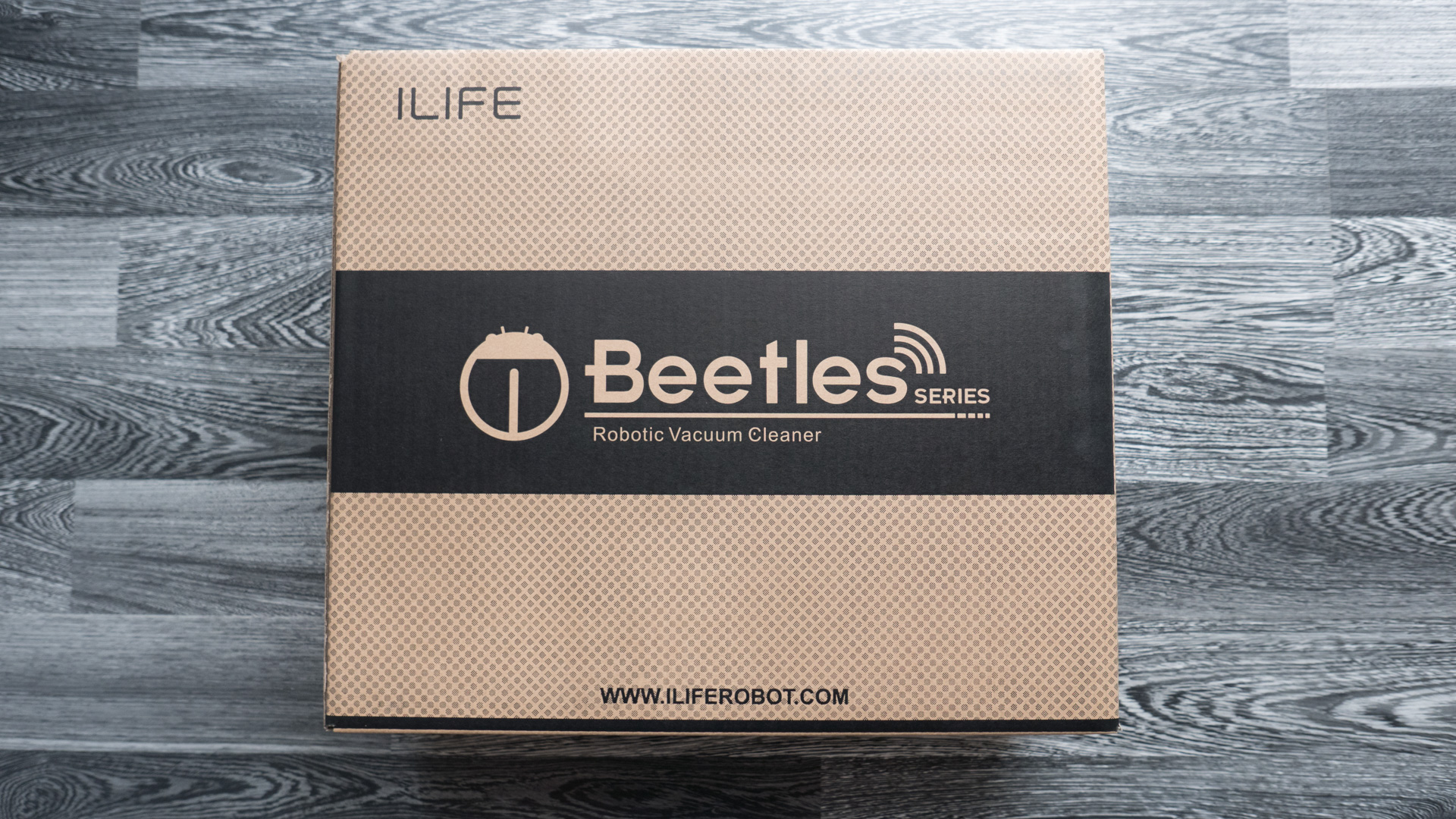 ILIFE V4 Unboxing 01