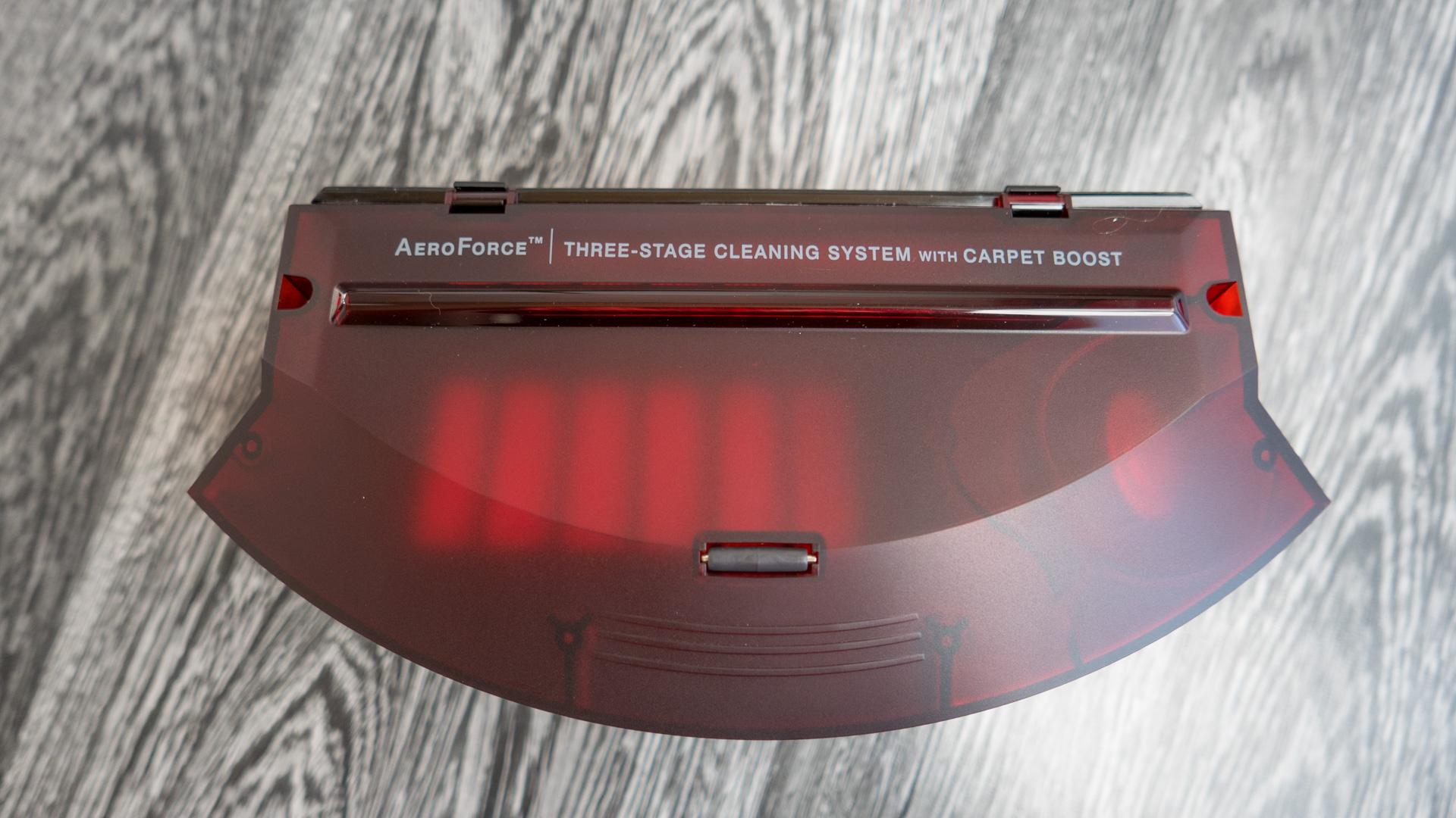 iRobot Roomba 980 Staubbehälter 06