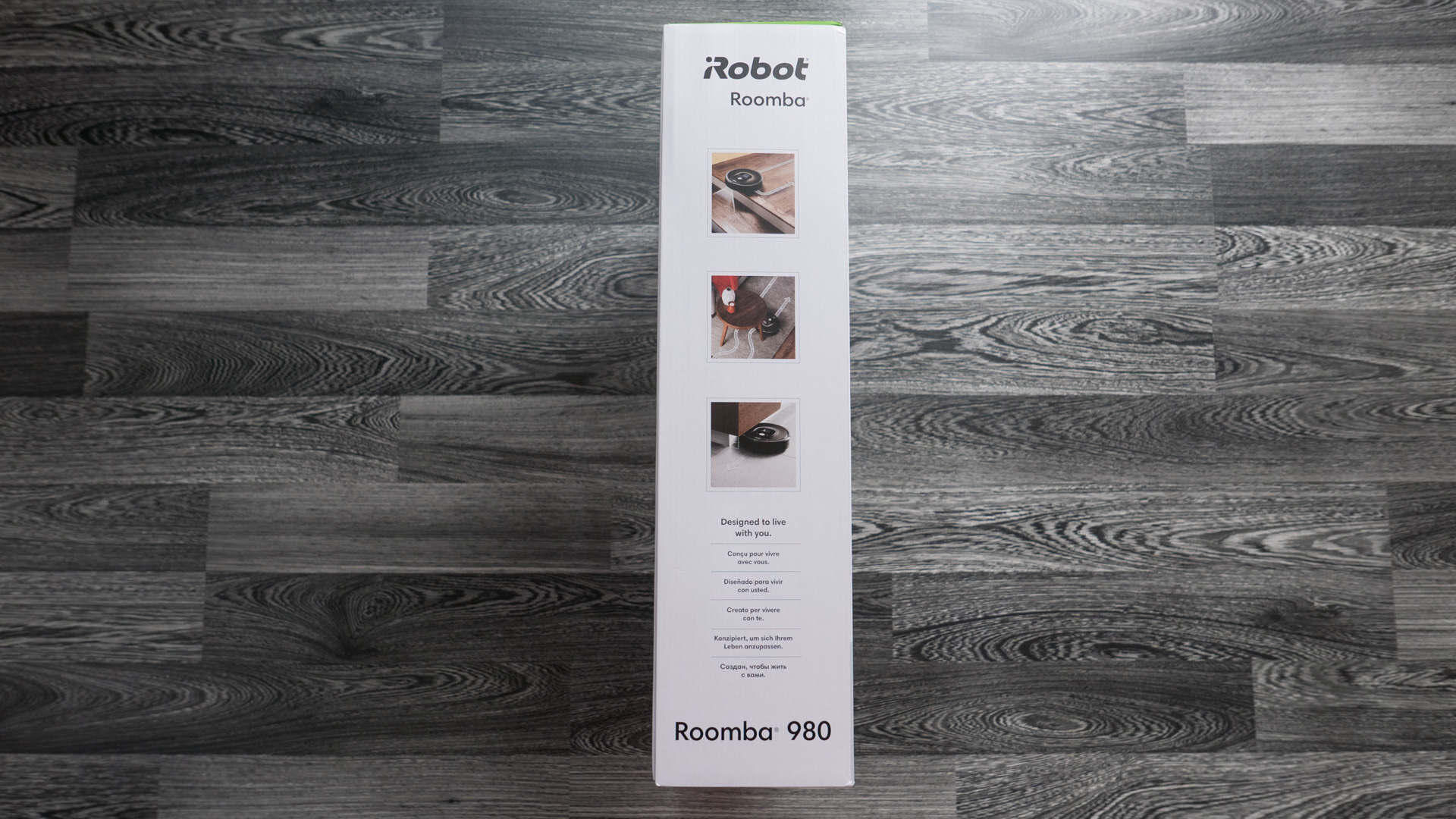 iRobot Roomba 980 Unboxing 04