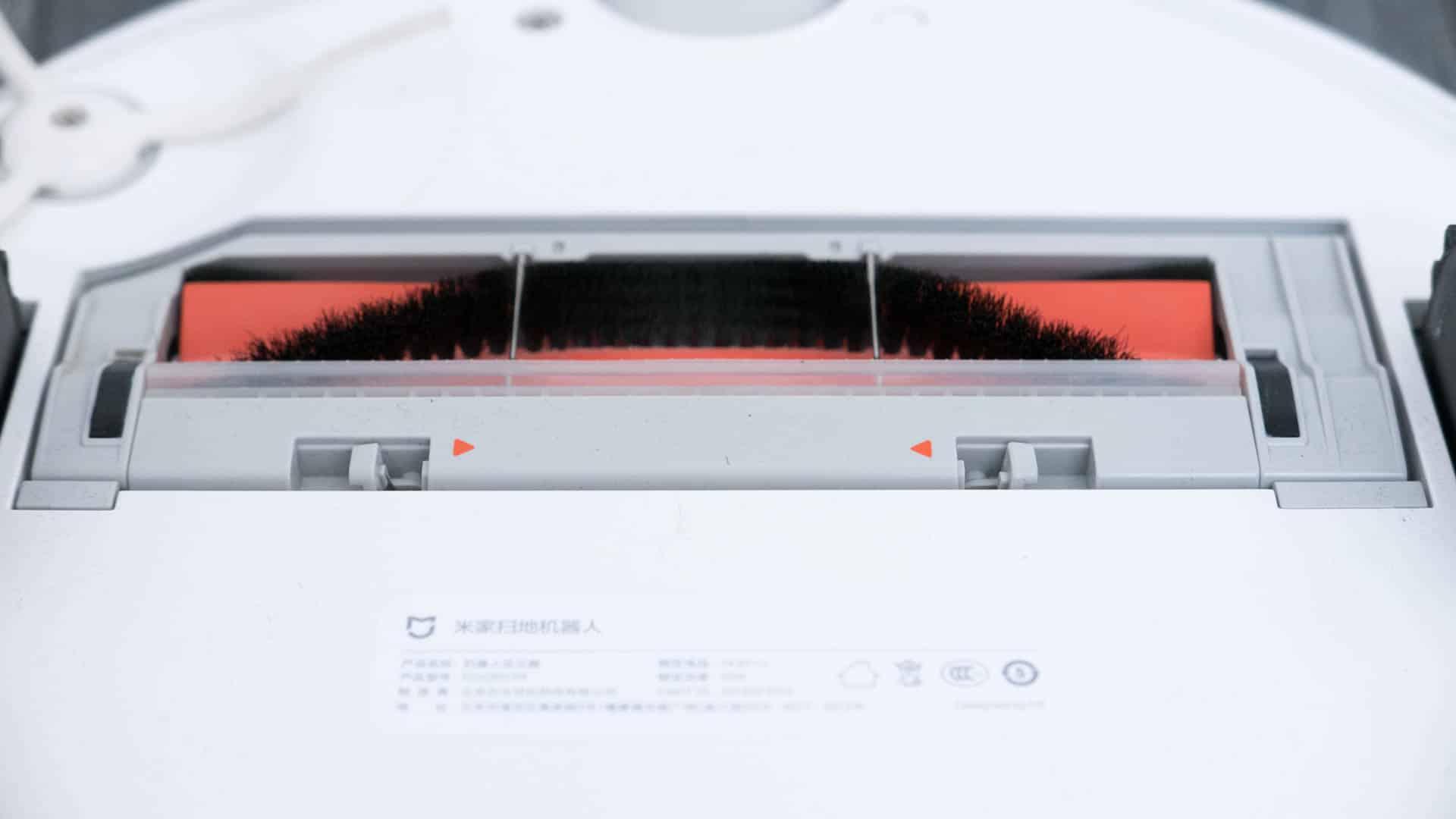 Xiaomi-Mi-Staubsauger-Roboter-im-Test-Bürste
