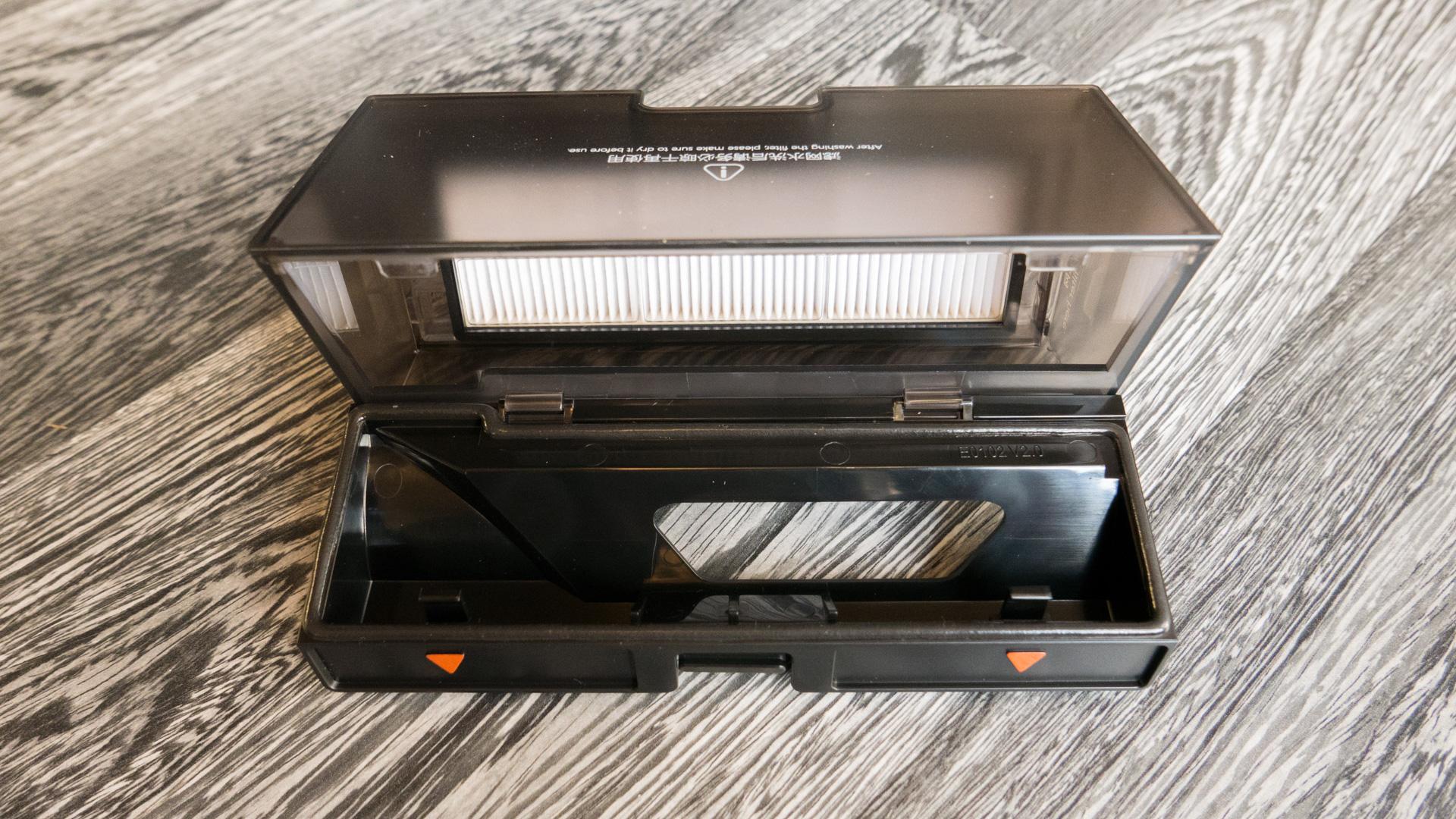 Xiaomi-roborock-S55-Staubbehälter-1