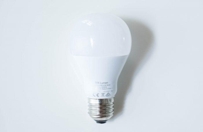 Philips Hue White Bulb hinten