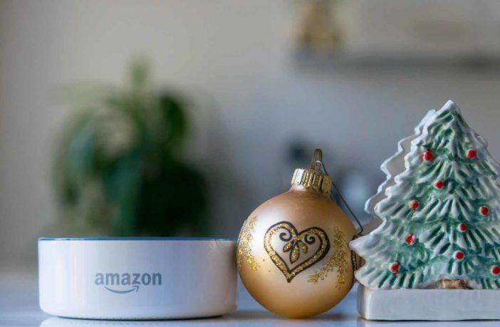 Amazon bietet echte Weihnachtsbäume mit Alexa an