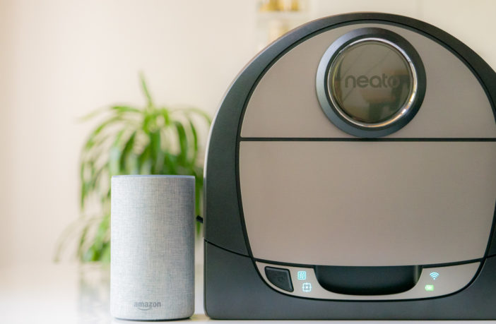 Neato Botvac Connected Staubsauger Roboter mit Amazon Alexa steuern!