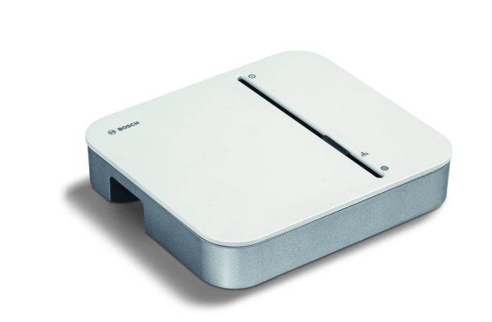 zeigt den Bosch Smart Home Controller_02