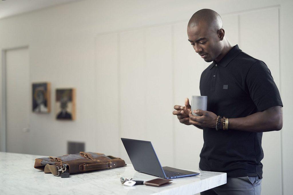 Tile Ortung auf Intel Laptop.
